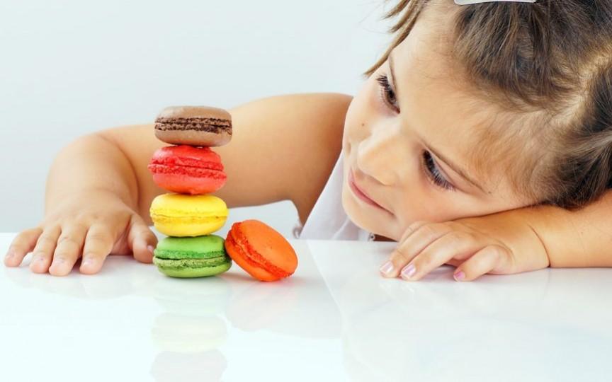 Medic pediatru: Cum să limităm consumul de zahăr la copii