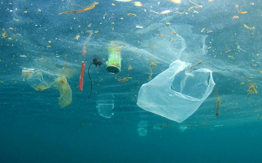 """O mamă care încearcă să reducă consumul de plastic, vine cu unele concluzii la 4 luni de """"viață nouă"""""""