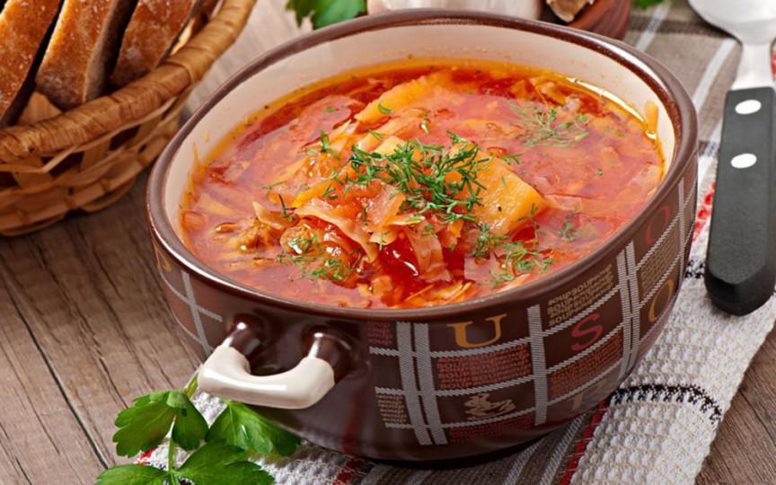 Ciorbă de varză – mâncare ideală pe timp rece, dar și în perioada de post