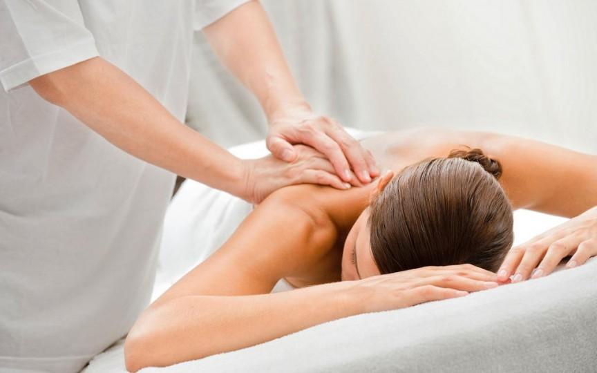 Ați știut ce beneficii are masajul pentru imunitate şi îmbunătăţirea aspectului pielii?