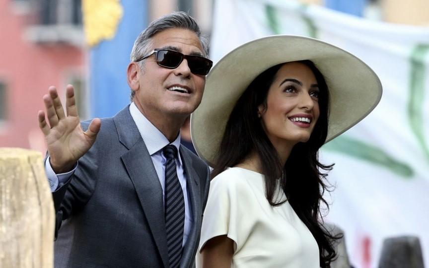 Cât a costat și în ce condiții au venit pe lume gemenii actorului George Clooney