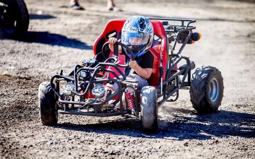 Are patru ani, dar vrea să devină campion de Formula 1