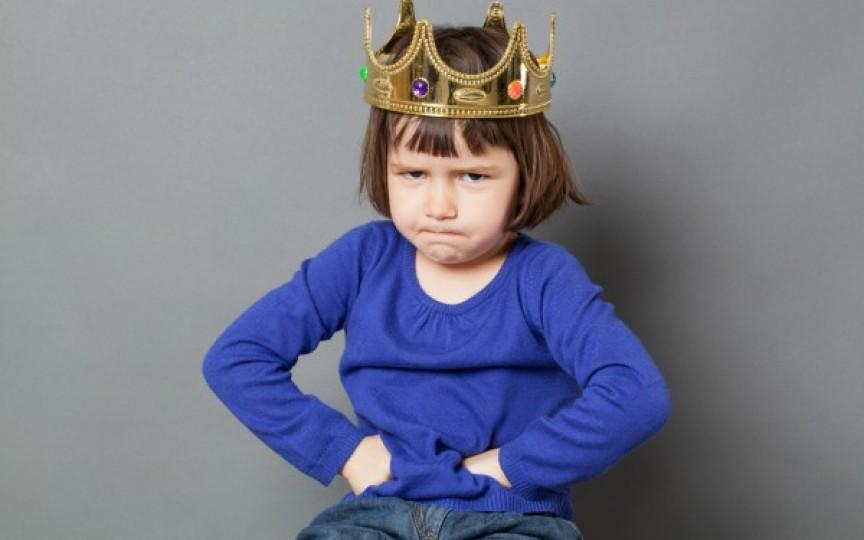 Sindromul copilului dictator. Psihoterapeutul explică această traumă pozitivă