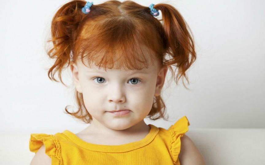 Cauzele de ce un copil de 2 ani încă nu vorbește