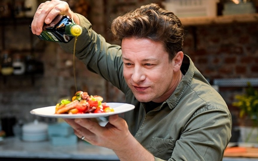 4 reguli de aur ale lui Jamie Oliver pentru a găti sănătos