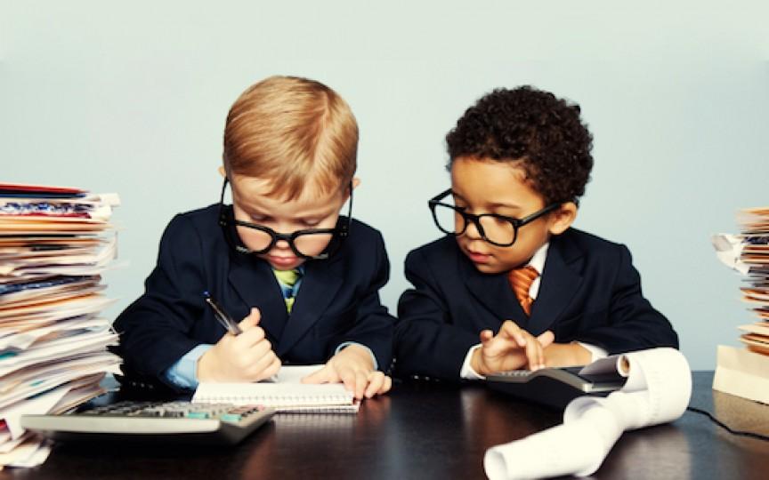 Sfaturi utile pentru educaţia financiară a copiilor