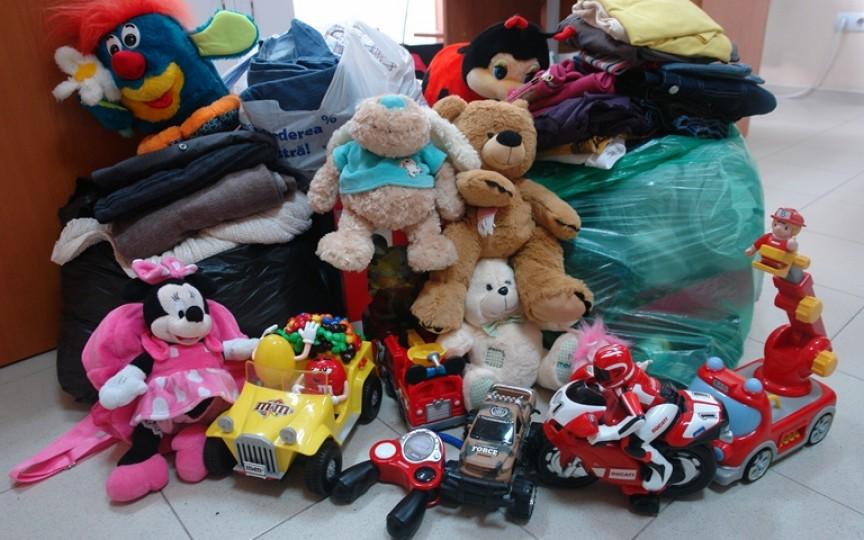 47 mii lei și peste 400 kg de donații materiale pentru mamele solitare