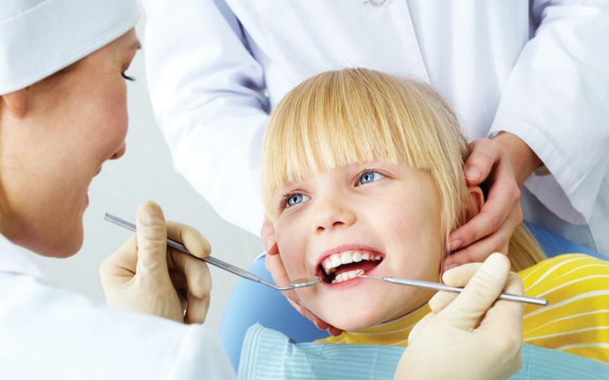 Este sigilarea dentară inamicul cariei la copii?