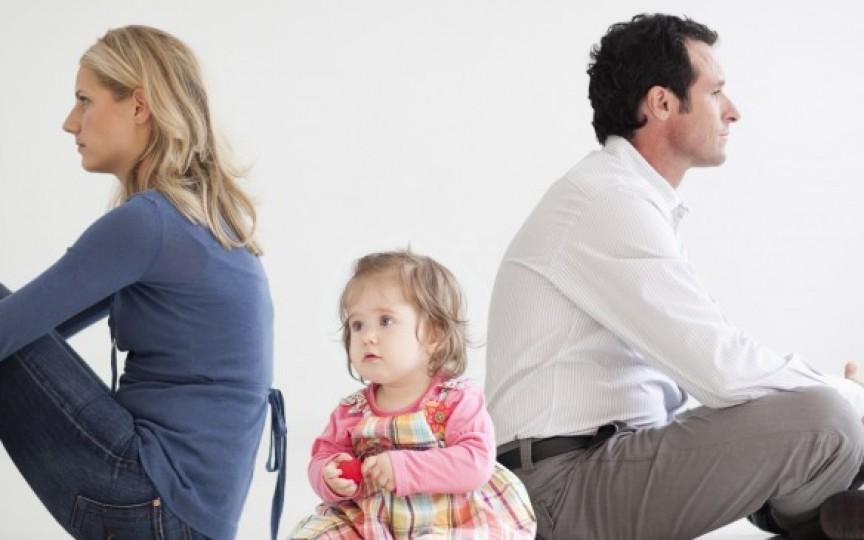 Aproape jumătate din căsătoriile din Moldova se termină cu divorț. Să fie epidemia secolului?
