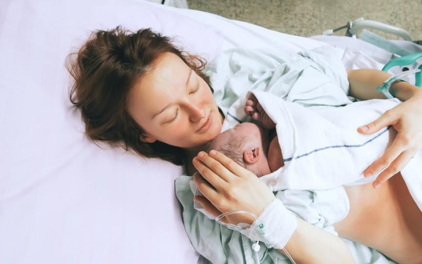 Nașterea naturală versus cezariana – diferența explicată de ginecolog