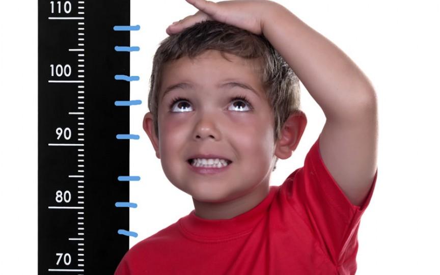 5 semne care ar trebui să te facă să duci copilul la un medic endocrinolog