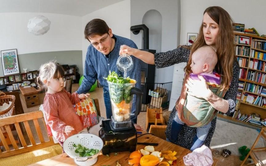 Ajută dieta (raw) vegană să fie copiii mai sănătoși?
