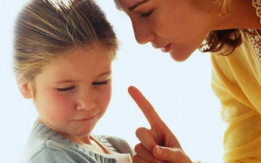 Psiholog: Copiii ascultători pot ajunge la dezechilibre psihice și boli