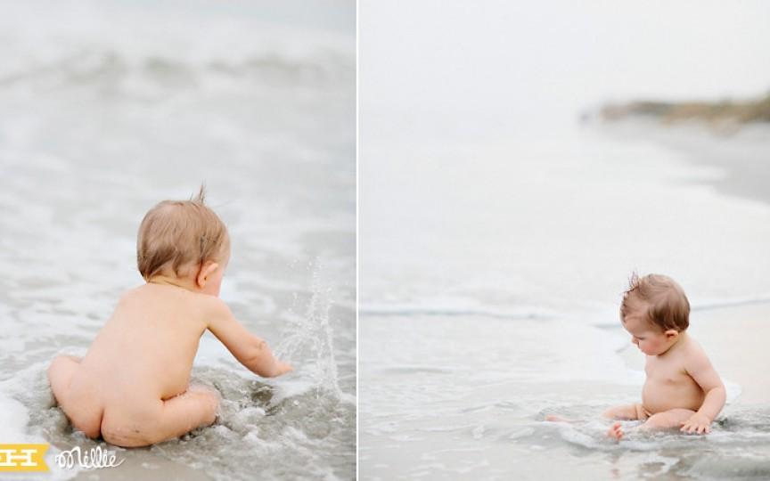 Nu îţi lăsa copilul gol la plajă! Află ce pericole îl pasc!
