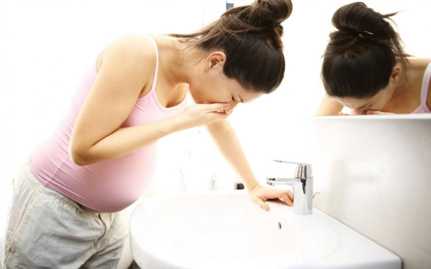 Soluții care ajută la ameliorarea simptomelor de toxicoză în sarcină