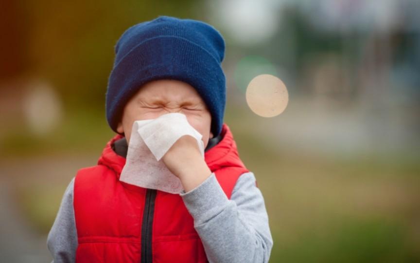 Cum protejăm copilul de răceli și viroze în perioada rece a anului