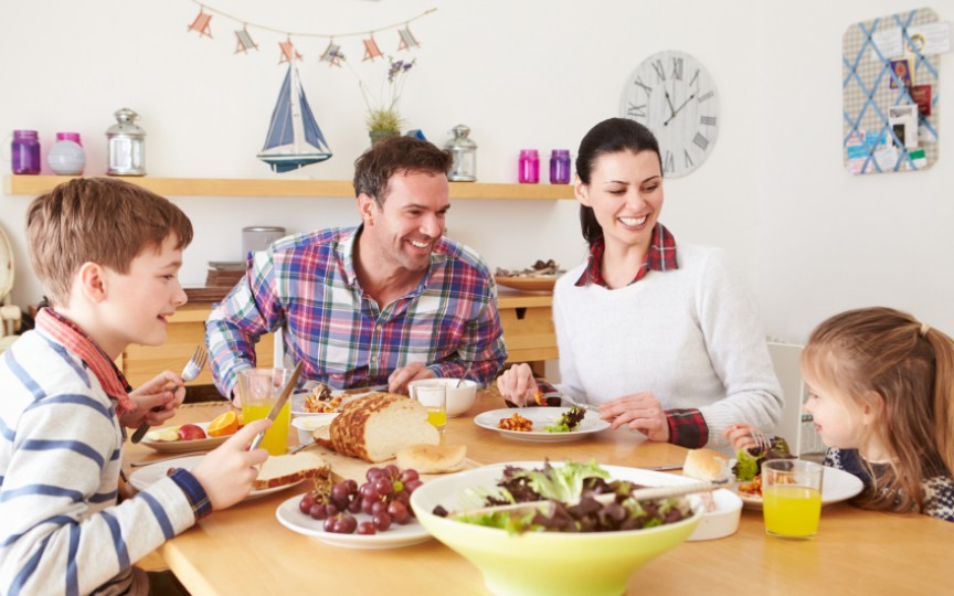 Cum convingem copilul să aibă obiceiuri alimentare sănătoase