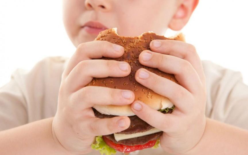 Ce efecte devastatoare are obezitatea la copii