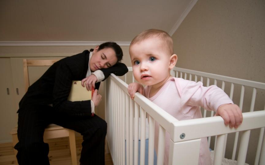 Copiii mici care nu dorm suficient riscă să devină obezi