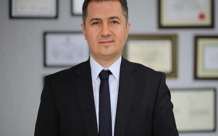 Pionierul chirurgiei robotice urologice în Turcia, autorul tehnicii laparoscopice Tunç, va opera alături de echipa Medpark pacienții cu boli renale!