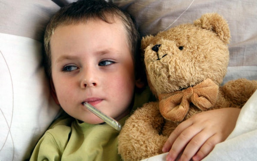 Cele mai bune metode de a scade febra copiilor