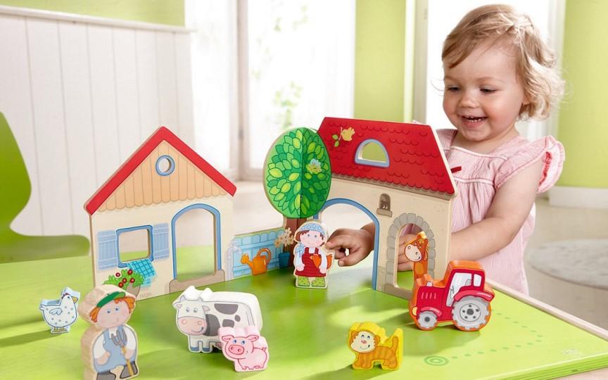 Jocuri pentru copiii de la 0 la 12 luni