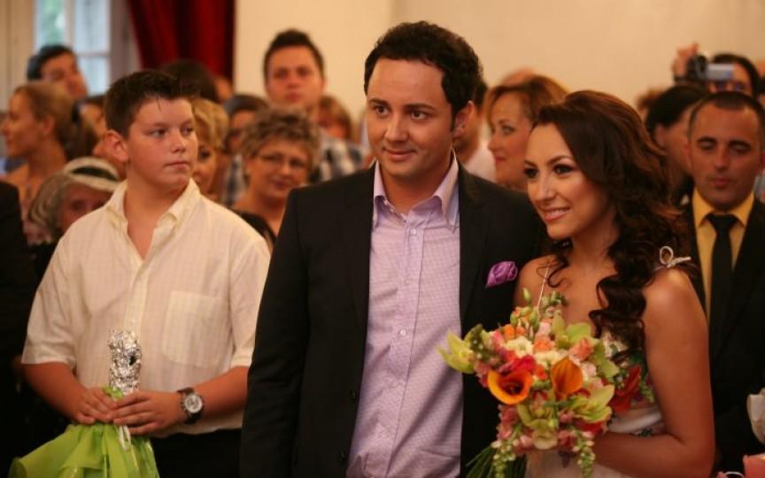 (FOTO) Andra și Cătălin Măruță sărbătoresc 10 ani de căsnicie