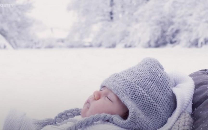 De ce în Suedia copiii dorm afară chiar și pe ger