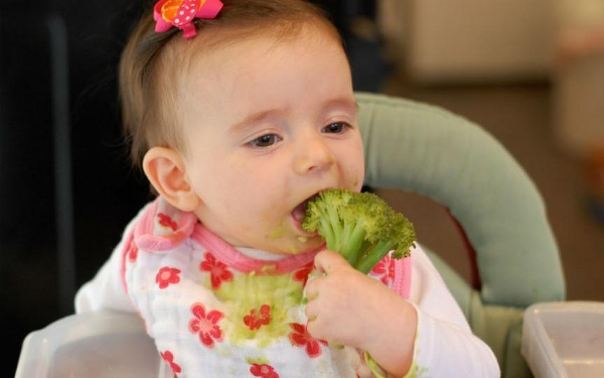 Diversificarea alimentației bebelușului. Treceți peste mofturi în 5 pași