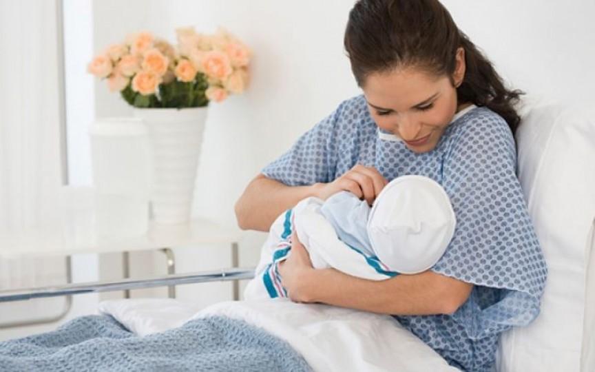 Medic obstetrician-ginecolog despre recuperarea după nașterea naturală