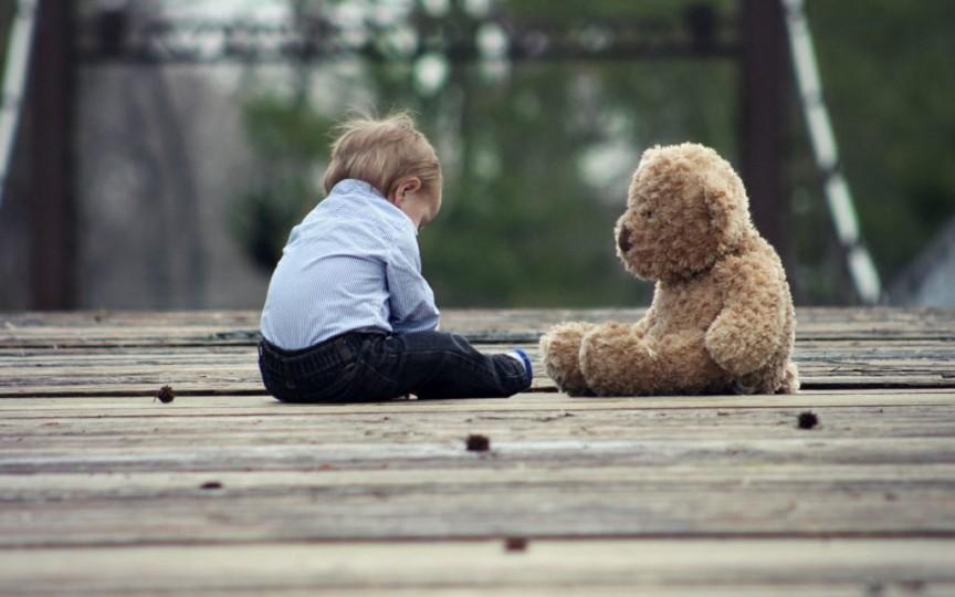 Psiholog despre părinții toxici: Pot distruge viețile copiilor prin comportamentul lor