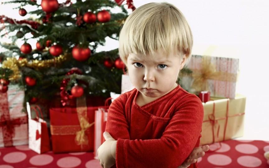 Ce faci dacă cel mic e nemulţumit de cadoul primit sub brad