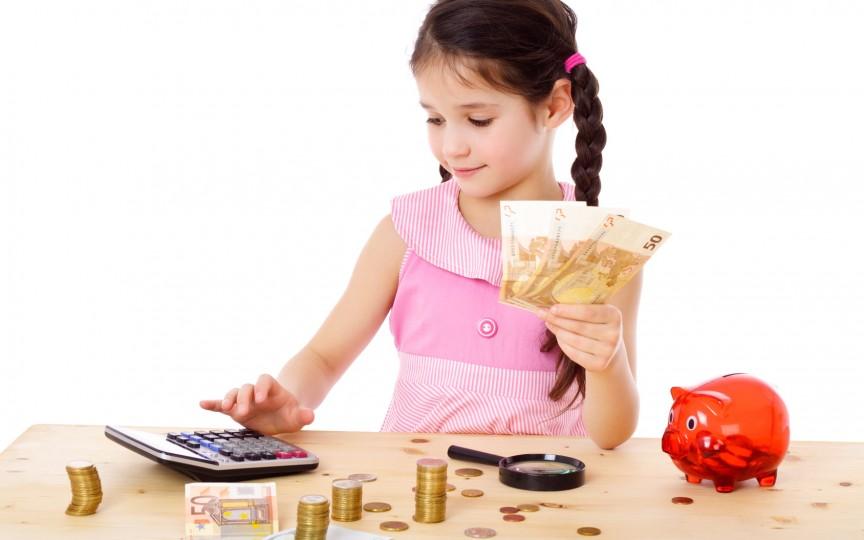 Cum să-ți înveți copilul valoarea banilor. Educație financiară pentru cei mici