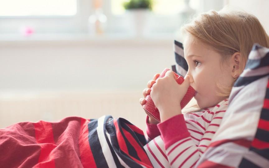 Lichidele indicate atunci când copilul are febră