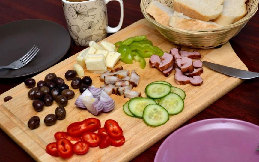 10 alimente pe care să nu le consumi niciodată pe stomacul gol