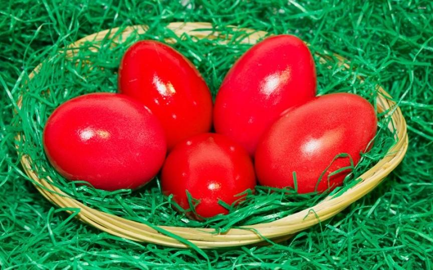 Ai grijă la vopseaua pentru ouă. Vezi când te poți intoxica