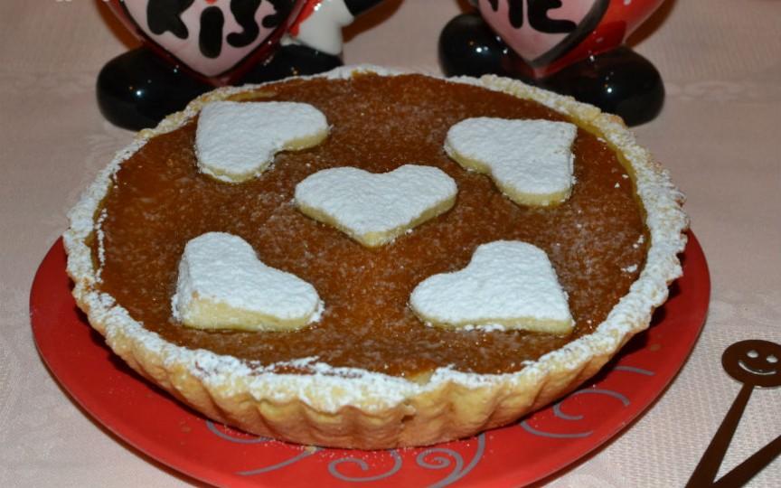 Un desert delicios pentru un mic răsfăț în doi: Tartă îndragostită cu dovleac