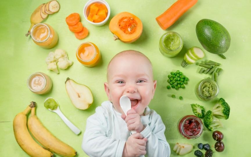 Diversificarea alimentației la bebeluși: explicații pas cu pas