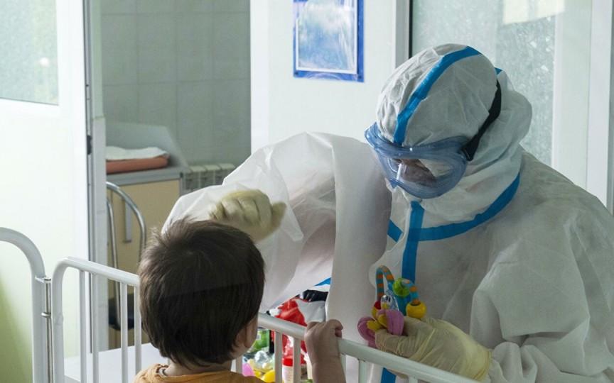 Mai mulți părinți povestesc despre starea copiilor care s-au vindecat de COVID-19, dar continuă să aibă simptomele bolii