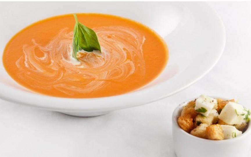Piure de somon cu morcovi și roșii: rețeta ideală pentru copilul care refuză peștele