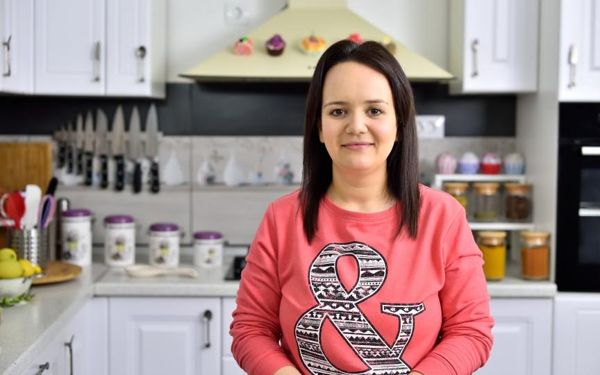 Autoarea blogului culinar JamilaCuisine a devenit mămică pentru prima dată