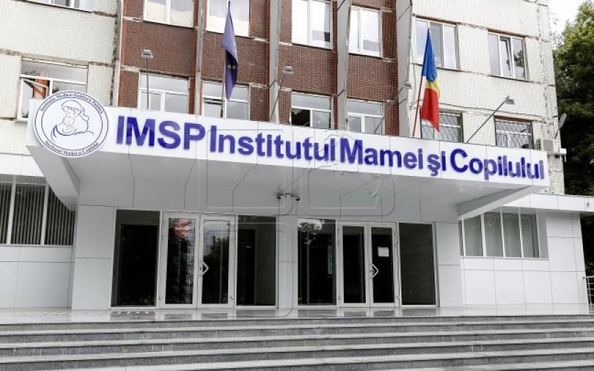 Schemă de corupţie la Institutul Mamei şi Copilului. Patru medici sunt bănuiţi de estorcare de bani de la pacienţi