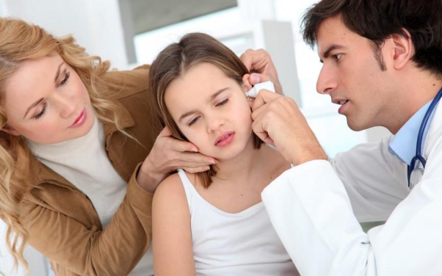 Semnele care ne indică faptul că copilul nu aude bine