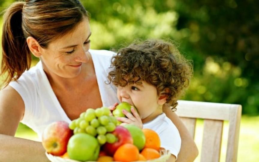 Copilul tău refuză să mănânce? Sfaturi simple care te vor ajuta!