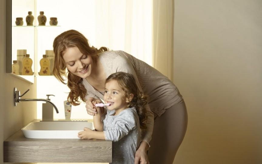 Alege corect pasta şi periuţa de dinţi pentru copii