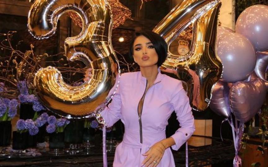 Adelina Pestrițu a împlinit 34 de ani. Cum a petrecut de ziua ei și ce cadouri a primit