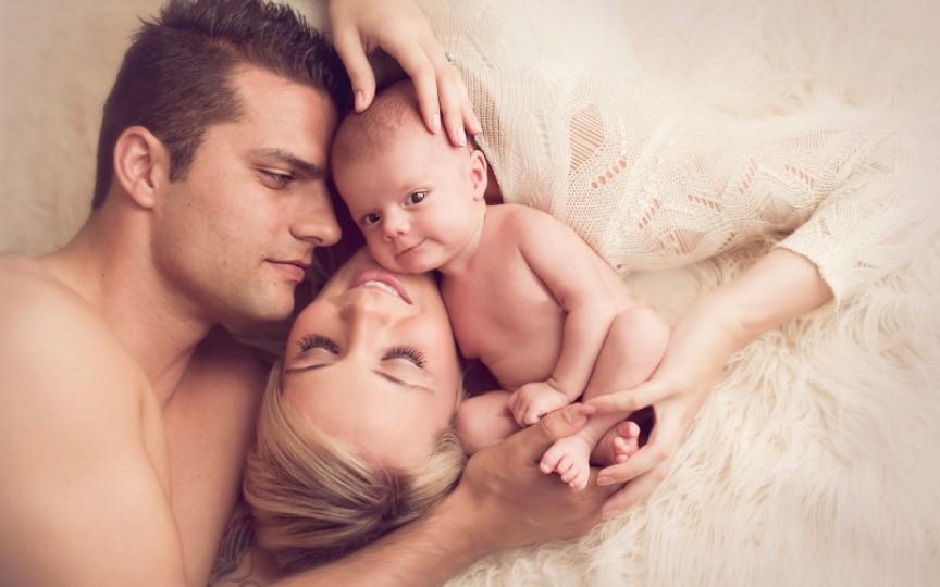 Opinia unui tată: Femeia după ce naște rămâne tot iubita mea, nu mamă!