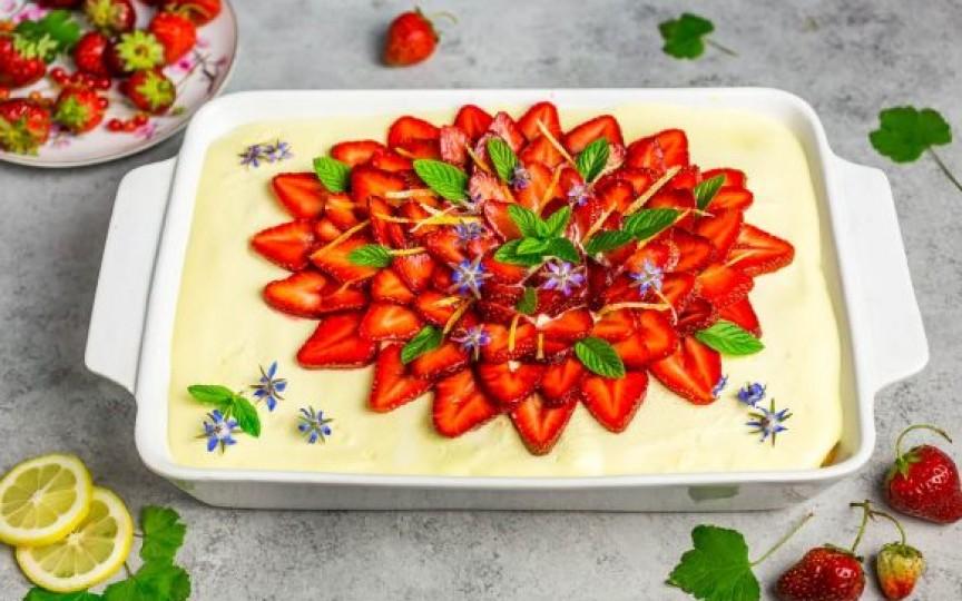 Cum să prepari cel mai delicios tiramisu cu lămâie și căpșuni