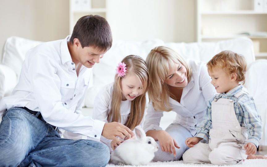 Cum influențează atmosfera de acasă dezvoltarea copiilor