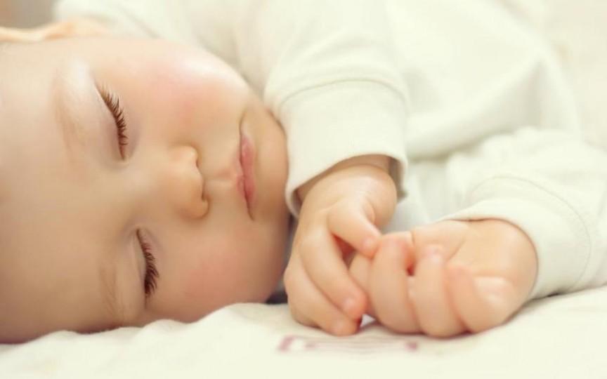 Somnul la nou născut: Fiecare bebeluș are tiparul lui de somn